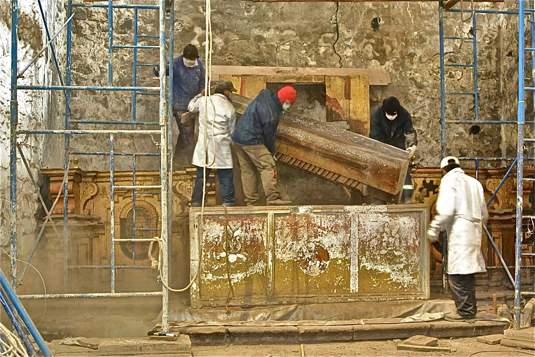 Dismantling a column